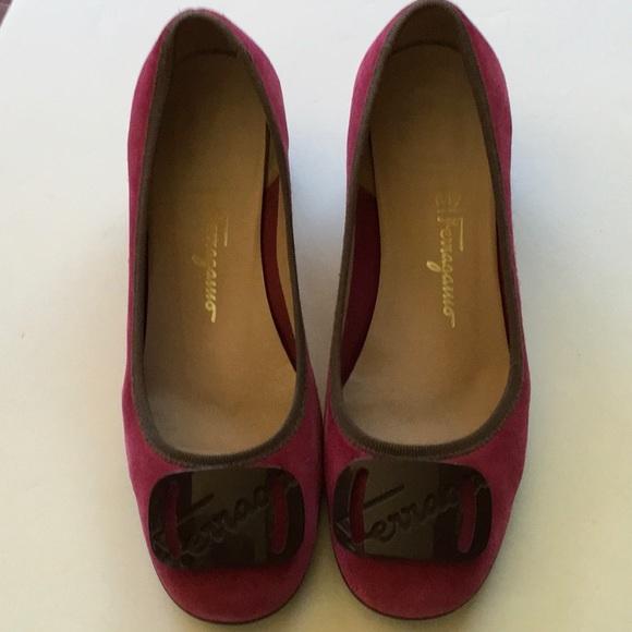 26da5cad07e Vintage 1980 s SALVATORE FERRAGAMO shoes. M 5aca4af5a6e3eae40205646f